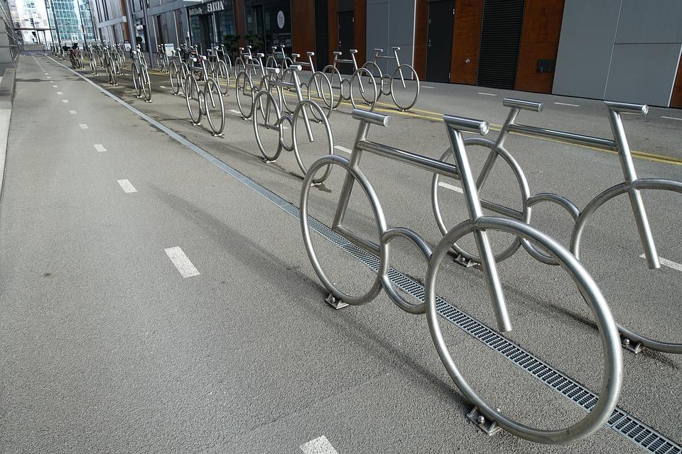 Norveška prestonica će zameniti 35 kilometara puteva kojima su do sada dominirali automobili - biciklističkim stazama