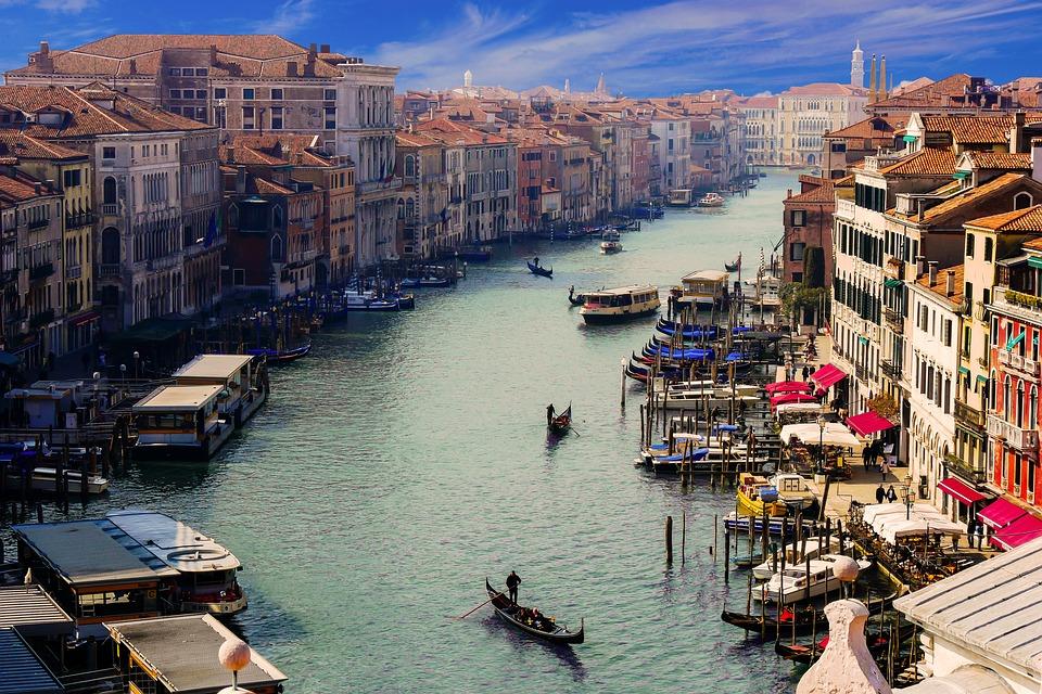 Istorijski centar Venecije svake godine poseti više od 20 miliona turista
