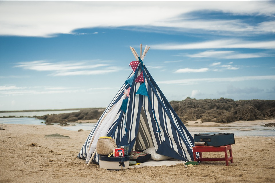 Tipi, šator, kampovanje