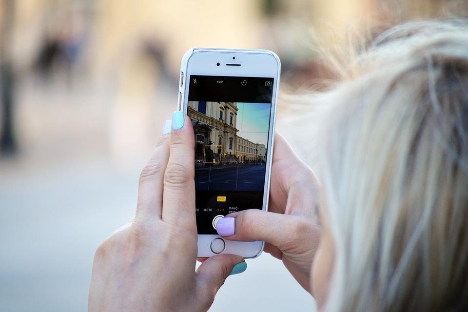 Telefon, putovanja, instagram