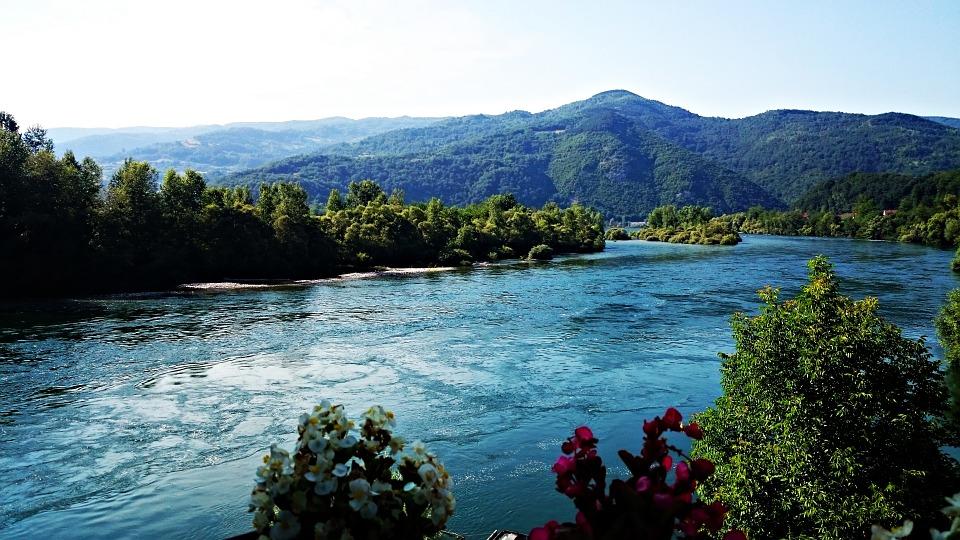 Reka, Srbija