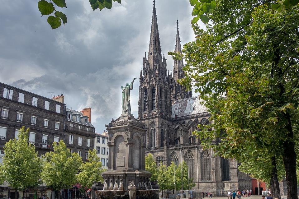 Klermon Feran, Francuska