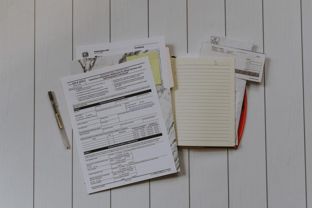 papiri, dokumentacija, potvrde