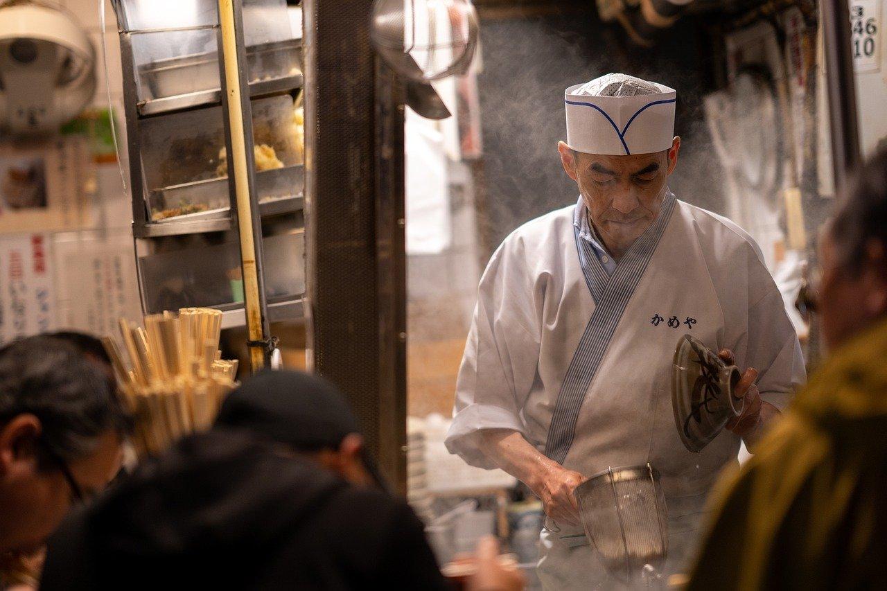 Hrana s nogu u Tokiju
