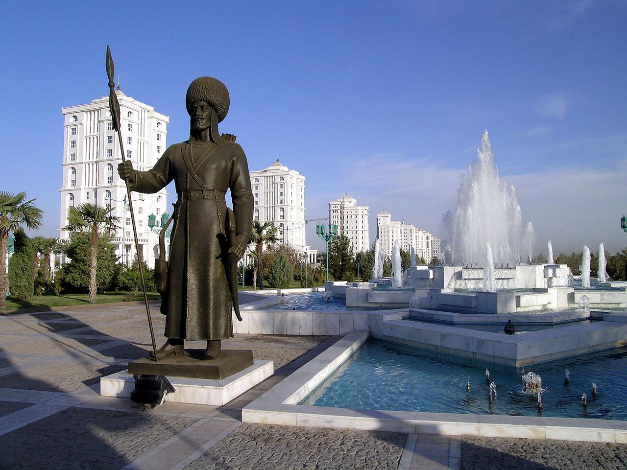 Ašgabat, glavi grad Turkmenistana je potpuno besmislen sudeći po rečima Vaska Lukinića. Foto: Michael Karavanov, Wikimedia