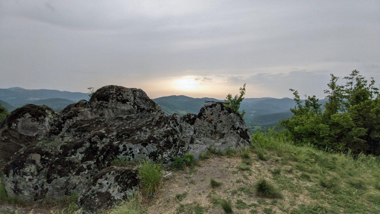Na Boračkom kršu je nekada bio drevni utvrđeni Borački grad, a sada je sa njega dostupan samo sjajan pogled prilikom zalaska sunca, foto: Uroš Nedeljković