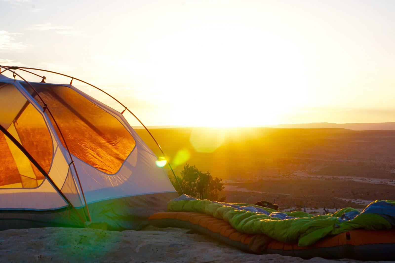 Kada je lepo vreme može se spavati i van šatora, bitno je da imate dobru vreću za spavanje