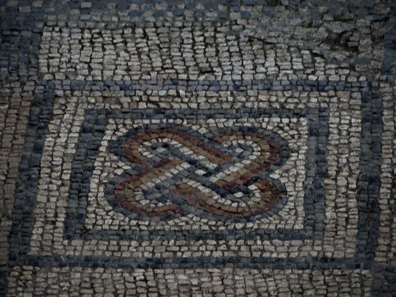 Podni mozaik Carske palate u Sirmijumu, foto: Dekanski / Wikimedia