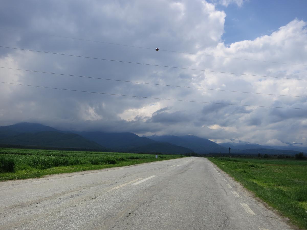 Malo ravnice pre nego što se krene Transfagarašanom u brde i planine, foto: Uroš Nedeljković