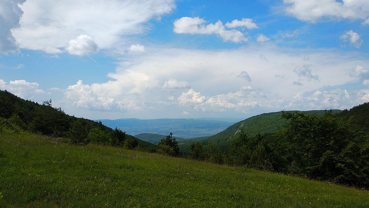 Obronci planine Devica i pogled ka Sokobanji, foto: Uroš Nedeljković