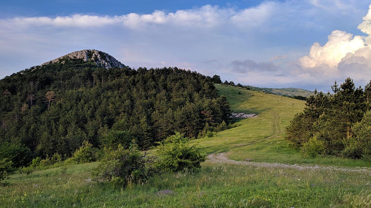 Planina Devica i vrh Oštra čuka