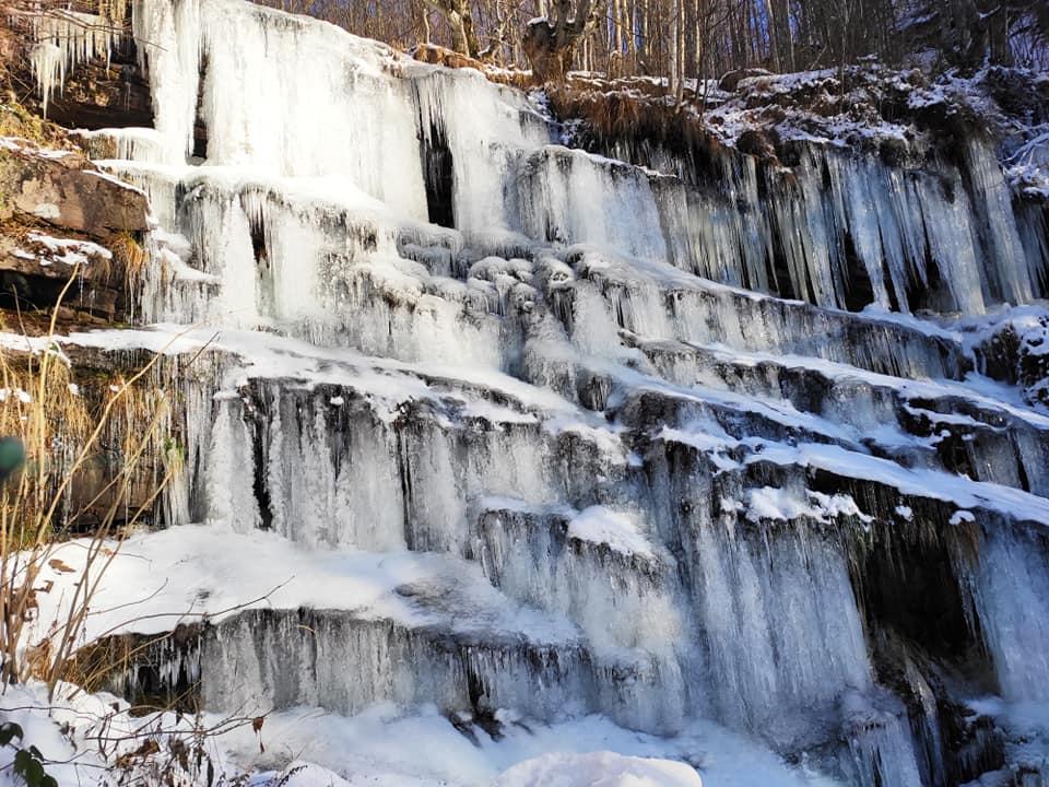 Zaleđeni vodopad Tupavica