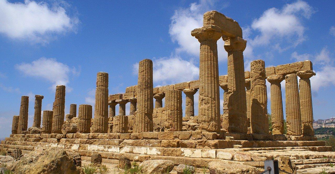 """Sve što se u Agriđentu gaji, gajilo se i u vreme kada je """"Dolina hramova"""" vrvela od života, ali i posle antičkog perioda, u vreme mavarske kulture na Siciliji"""