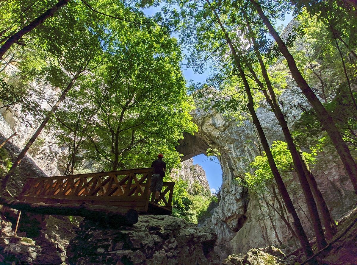 Velika prerast u kanjonu reke Vratne, znana i kao Velika kapija, foto: Uroš Nedeljković